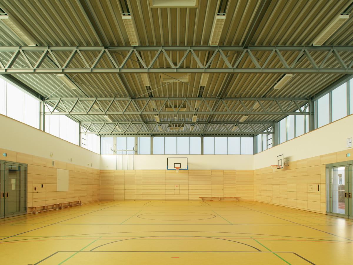 Heinle Wischer Partner robert schlotter sports dresden mickten